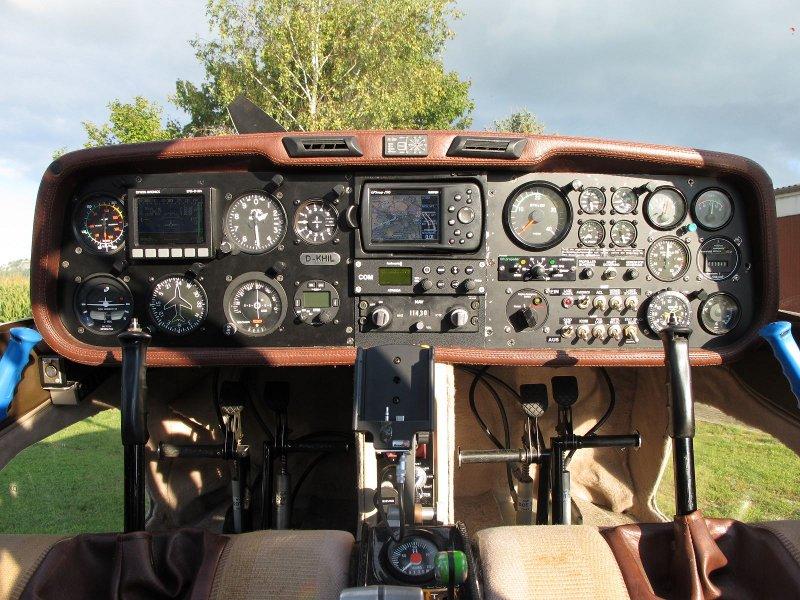 Cockpit der D-KHIL